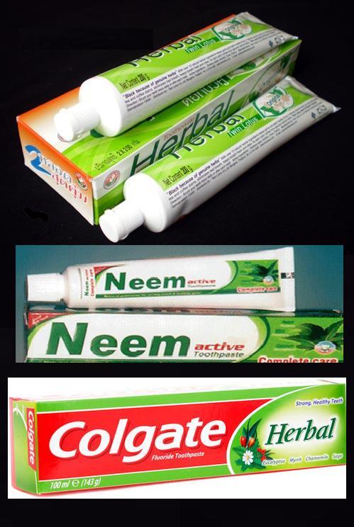 Macam-macam pasta gigi dengan rasa herbal.