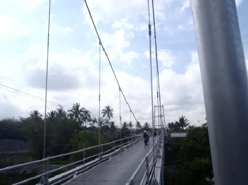 Jembatan gantung sungai Pabelan yang baru