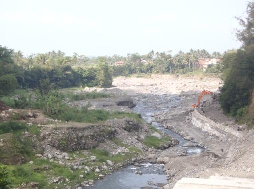 Sungai Pabelan pasca banjir lahar dingin.